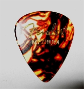 Genuine Fender Classic Celluloid pick